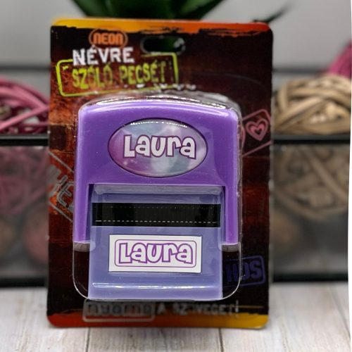 Neves pecsét - Laura